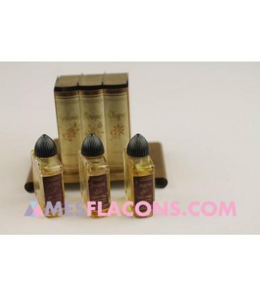 Coffret - Book of perfume