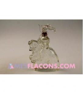 Jeanne d'Arc assise sur son cheval en tenue de combat