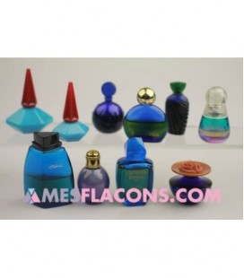 Lot de 10 miniatures mixtes de couleur bleue (marques diverses)