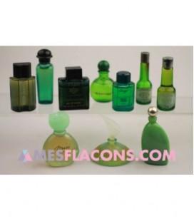 Lot de 10 miniatures mixtes de couleur verte (marques diverses)
