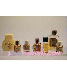 Lot de 7 miniatures féminines (variantes différentes)