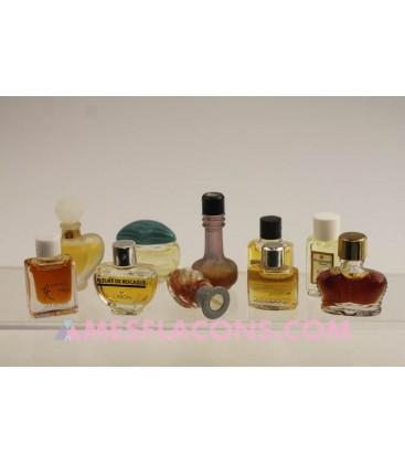 Lot de 10 micro miniatures féminines (marques diverses)