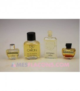 Lot de 4 miniatures féminines (variantes différentes)